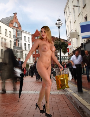 busy-street-nudie