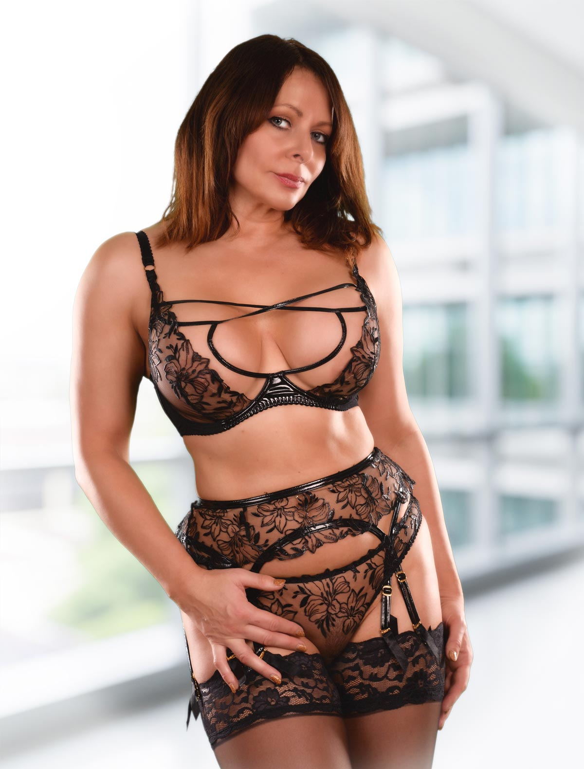 Carly Escort Online Sessions